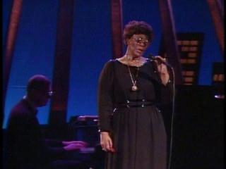 Ella Fitzgerald - I´ve Got A Crush On You (1983)