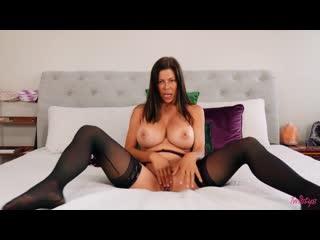 Alexis Fawx Bubble Butt, Piercing, Athletic, Caucasian, Brunette, Trimmed Pussy, Big Tits, Masturbation, Indoors