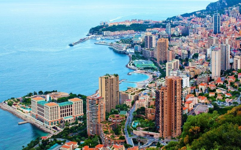 Монако — страна миллиардеров, изображение №2
