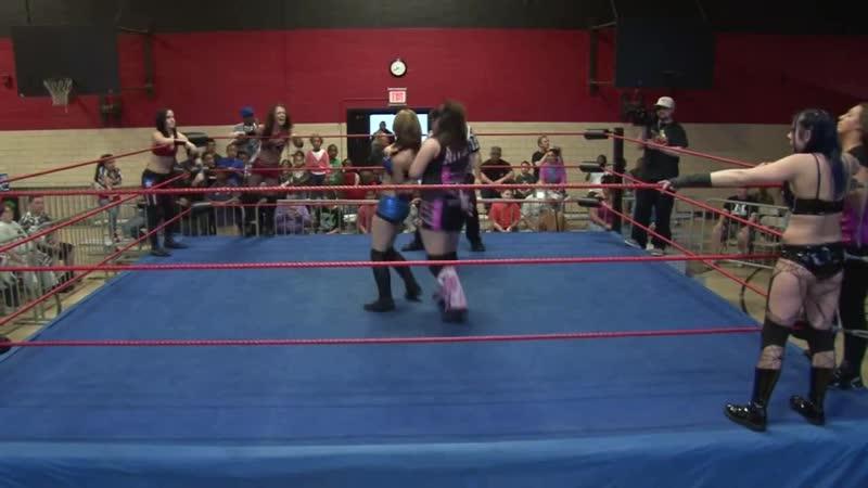 Amber, Ariel Mistress Belmont vs. Alexxis Nevaeh, Ivy Mercedes KV (07.05.2011)