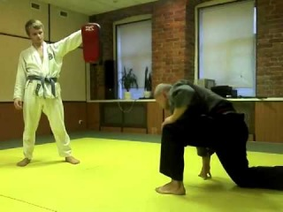 On the lower floor to the upper. SenRyu Kempo Kan