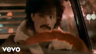 Daryl Hall & John Oates - Possession Obsession (Official Video)