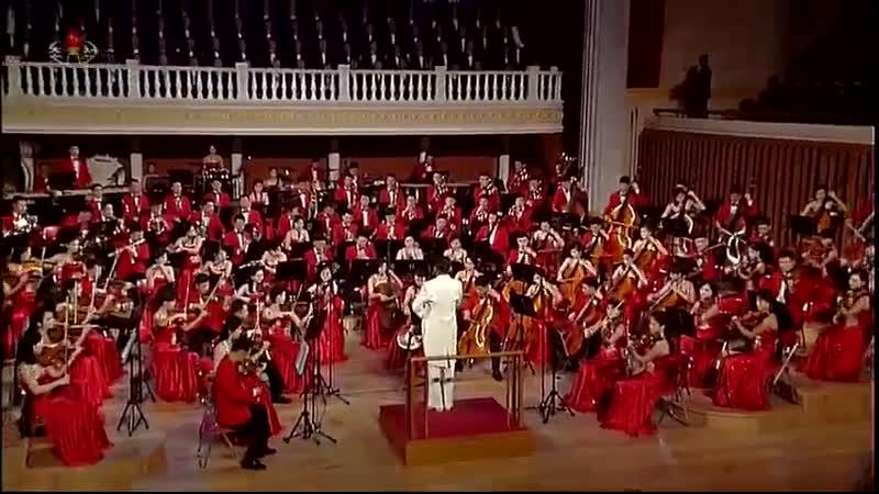 조선로동당 중앙위원회 제7기 제5차전원회의 참가자들을 위한 공연