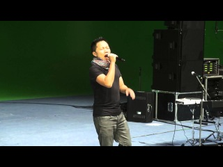 Sandhy Sondoro new wave 2013 backstage