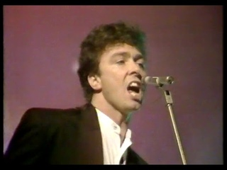 """The Outfield - """"Voices of Babylon"""" on Wogan  (1989)"""