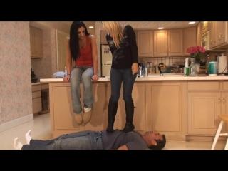 Унижение бут-фетиш пони-плей #раб #плеи #трамплинг #humiliation #spitting #trampling #bootfetish #ponyplay
