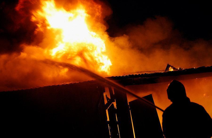 Жители КЧР остались без крыши над головой после пожара в жилом доме