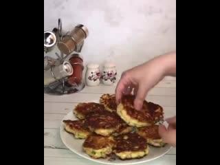 Оладушки на завтрак (ингредиенты в описании)