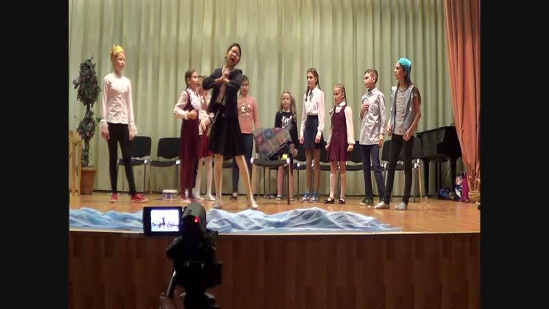 Выступление Арины в спектакле Все мальчишки дураки