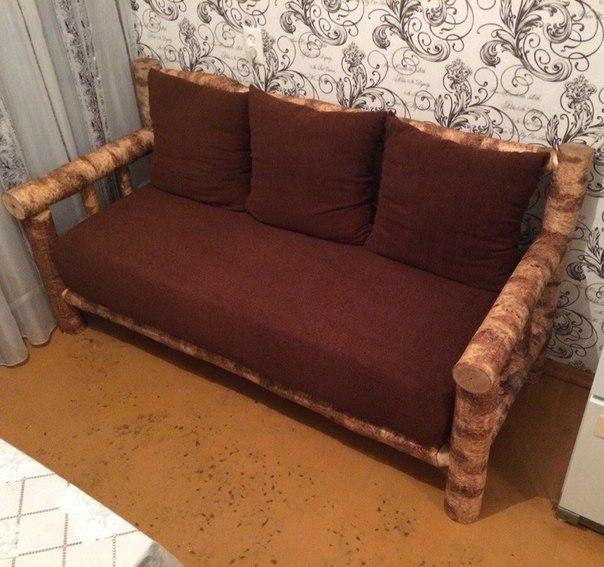 Простой диван на кухню