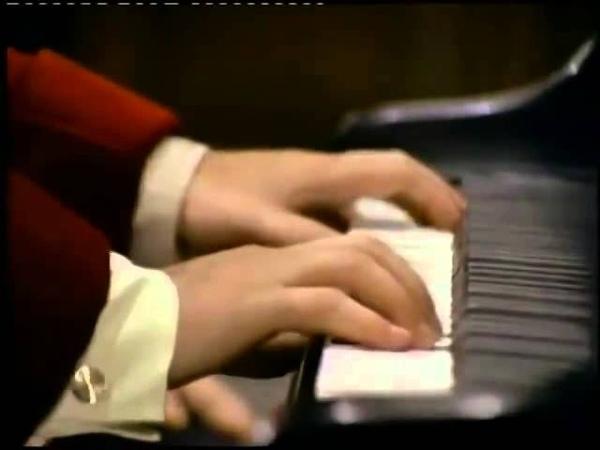 Бетховен Трио №5 для фортепиано, скрипки и виолончели pе мажор op 70 №1