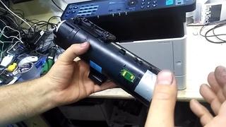 """Инструкция Kyocera M2235dn после заправки не набирает тонер пишет """"закончился тонер"""""""