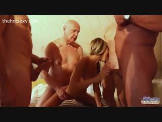 Ебут русскую,порно, старики трахнули русскую девочку, пожилые [эротика,секс,минет,анал,сиськи,жопа,порнуха, трахнул,пизда]