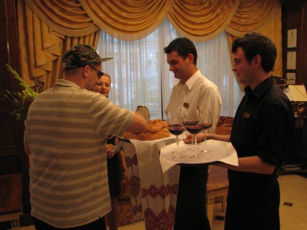 Встреча в гостинице Кишинева