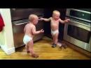 Разговор двух близнецов =