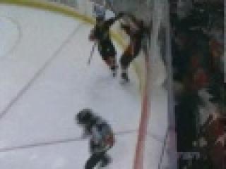 NHL Playoffs - Bobby Ryan Amazing Goal (April 22 2011)