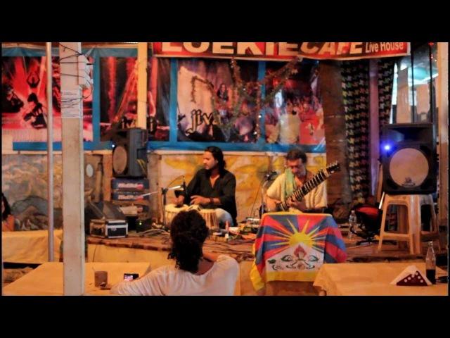 Sitar In Loekie Cafe Arambol Goa 19 02 2013