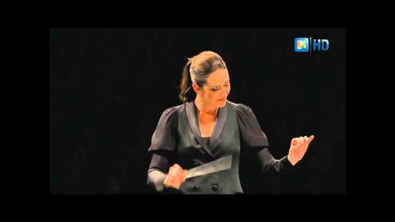 Алондра де ла Парра дирижирует Данцон №2 Артуро Маркеса