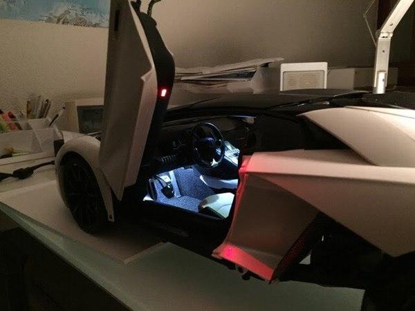 Pocher HK104 Lamborghini Aventador Roadster Bianco Canopus