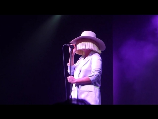 Sia - big girls cry - live at calvin klein party, milano 2015