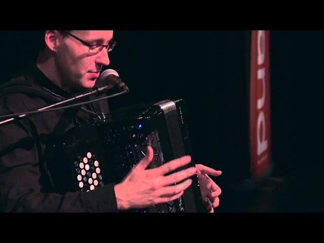 Ludovic Beier Présente le nouveau V accordeon Roland FR 8X