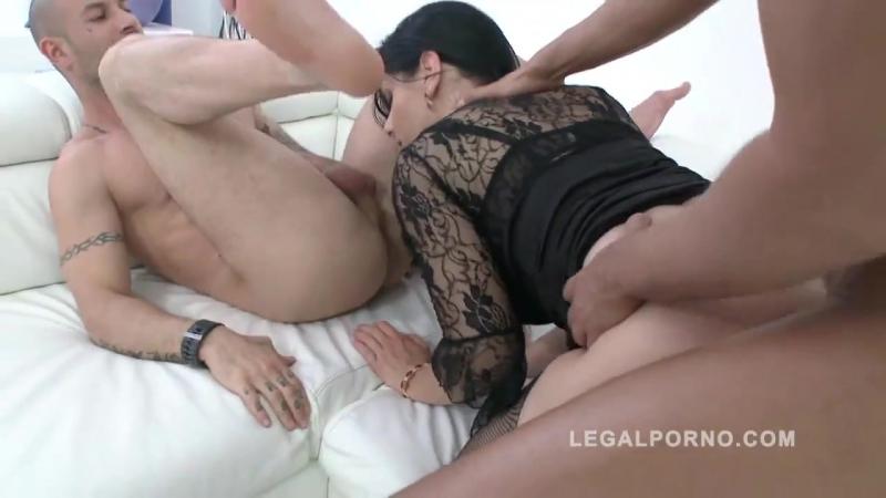 Big butt slut Alex Black DAP ed fucked by 3 guys for Legal