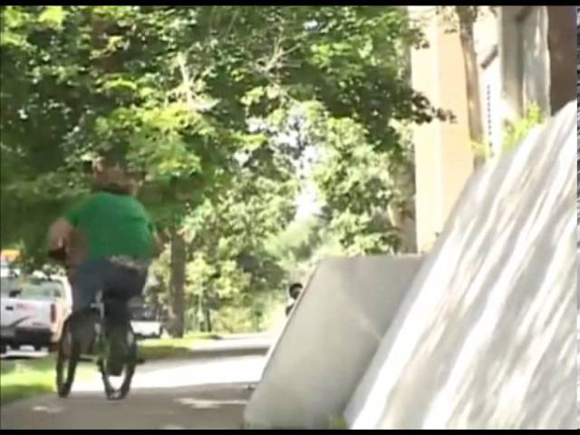 Morgan Wade Drop the Hammer insidebmx