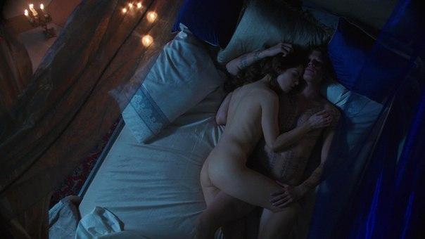 Roxanne mckee lesbian nude