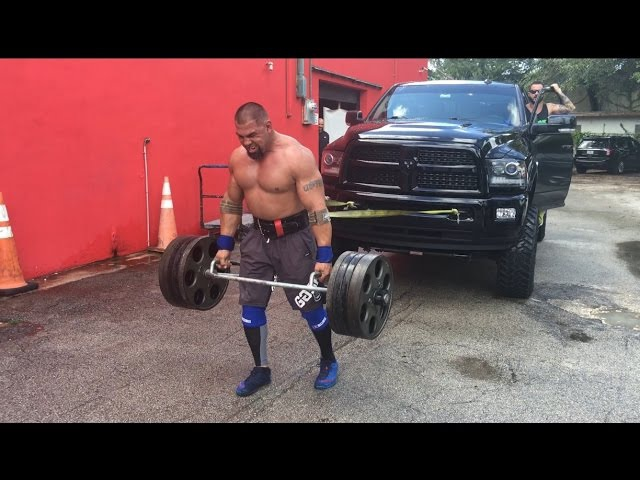 Pulling truck while 515 lbs hexbar farmers walk with Tony Sentmanat from RealWorld Tactical