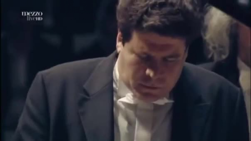 Денис Мацуев исполняет Концерт для фортепиано с оркестром №2 3 Рахманинова С В