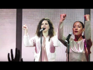 Lana Del Rey – Off To The Races (Live @ «Riverstage» / LA To The Moon Tour)
