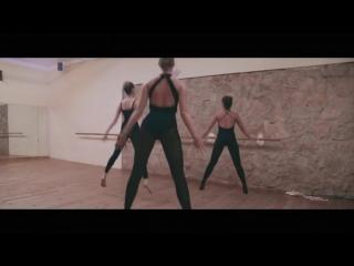 Felix Jaehn - Ain't Nobody (Loves Me Better) ft. Jasmine Thompson_HIGH.mp4