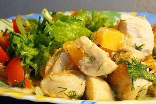 курица с тыквой и шампиньонами в сметане курица с тыквой и шампиньонами в сметане - самое лучшее сочетание вкуса и полезных ингредиентов в одном блюде. время приготовления: 30 минут порций: 10 -