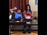 Как отучить девушку залипать в телефоне