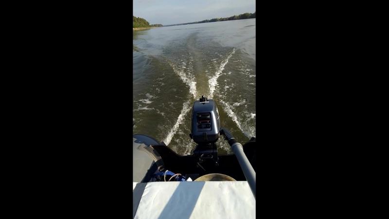 Лодка Флагман 280 с мотором Sia Pro t 3s против течения р. Иртыш