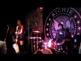 Richie Ramone- Somebody Put Something In My Drink (live, Vasa, Finland)