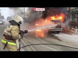Иномарка сгорела дотла в самом центре Саранска