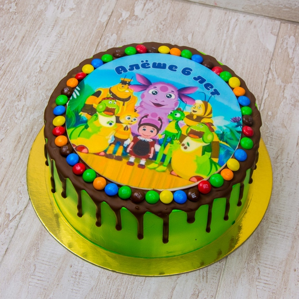 это как украсить торт с ваф картинкой нас
