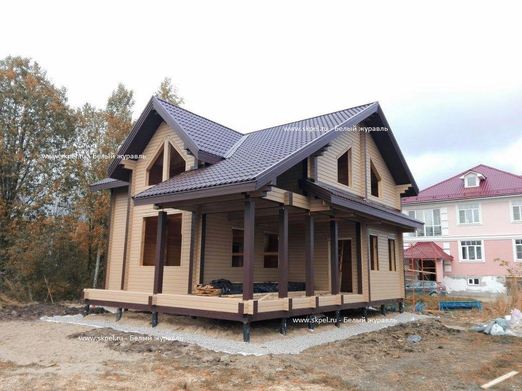 Покрашенный дом в Оранжерейке