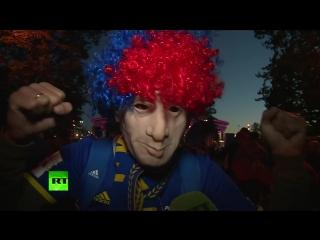 RT пообщался с болельщиками после победы России над Египтом
