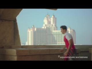 RUSSIA_RUSSIAN_Aquaventure_Legoland_Couple