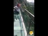 Стеклянный мост над пропастью !!!👍