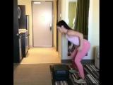 Спортхакерша: Тренировка в отеле