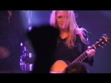 Nancy Wilson of Heart Crazy On You Live 2017