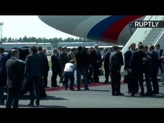 Путин в Хельсинки садится в