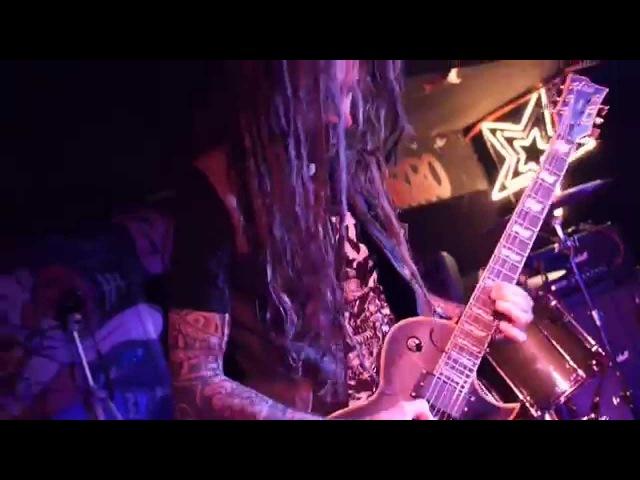 DOPETHRONE @ Mondo Bizarro Rennes 2014 (All That Glitters Blood Rites Association) Full Live !