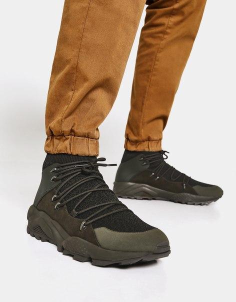 Мужские кроссовки из высокотехнологичной ткани