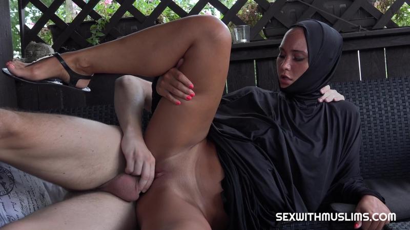 Naomi Bennet muslim arab porn