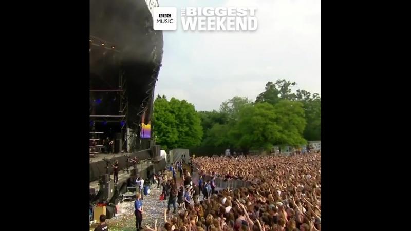 THAT WAS AMAZING!! THANK YOU SWANSEA BBC Music BiggestWeekend