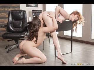 Lauren phillips, kimber woods (playing footsie) секс порно